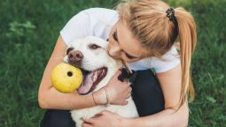 4 Signs Your Dog Knows You Love Him